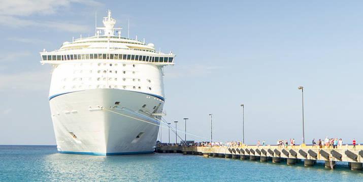 Kreuzfahrtschiff Reise Versicherung